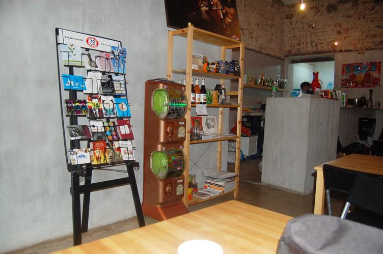 vending-machine-postmusuem1